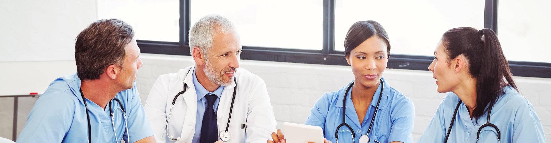doctors doing meeting